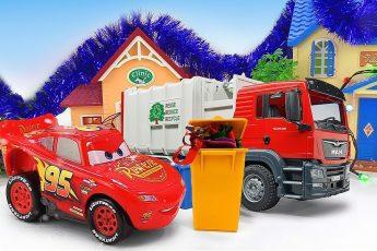 Машинки для детей — Молния Маквин, машинка Мусоровоз и Бульдозер наводят порядок в городе